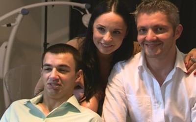 I-au refacut dantura dupa 300 de ore de tratament stomatologic – Reporter NTV