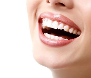 Dinţi mai albi – cum îi poţi avea? – Ce se intampla doctore?